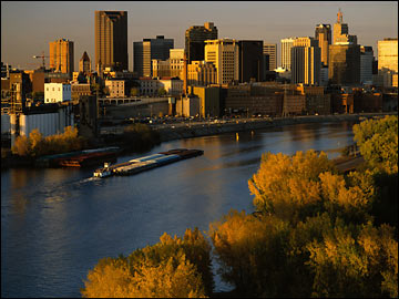 Image of down town St Paul looking over the Mississippi River