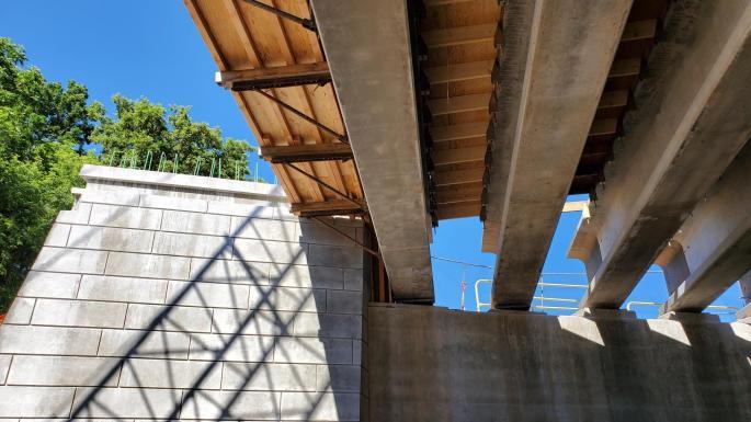 under deck looking at beams
