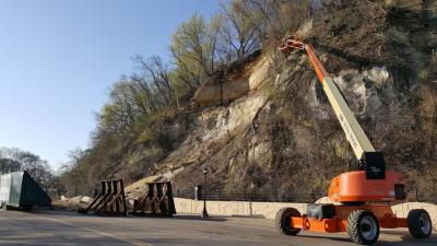 Lift being used to inspect the Wabasha Bluff